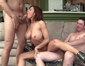 Female muscle porn star Devon Michaels wants muscle worship from her boys