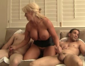 Female muscle porn star Amazon Alura takes out her frustration on her muscle-worshiping slaves