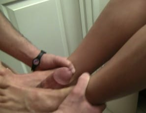 Samantha gives a foot job to tenderize her servant, and humiliates him