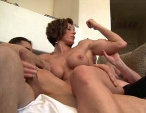 Female bodybuilder Mistress Amazon calls in her houseboys