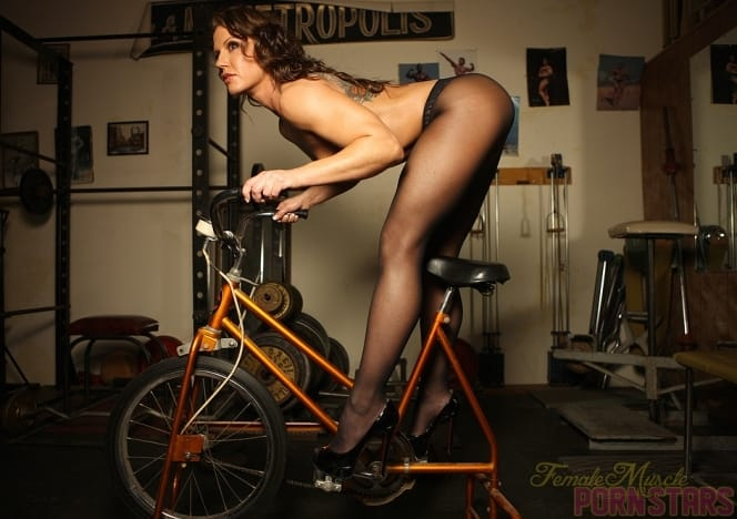 nude girl on exersize bike video