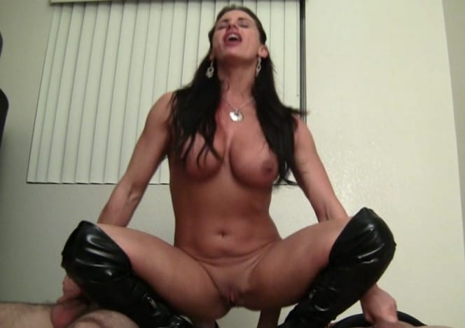 Female porn star nikki jackson muscle